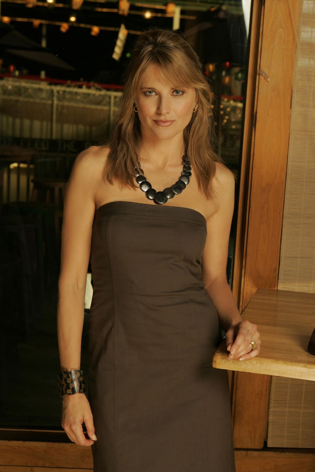 Lucy lawless tochter